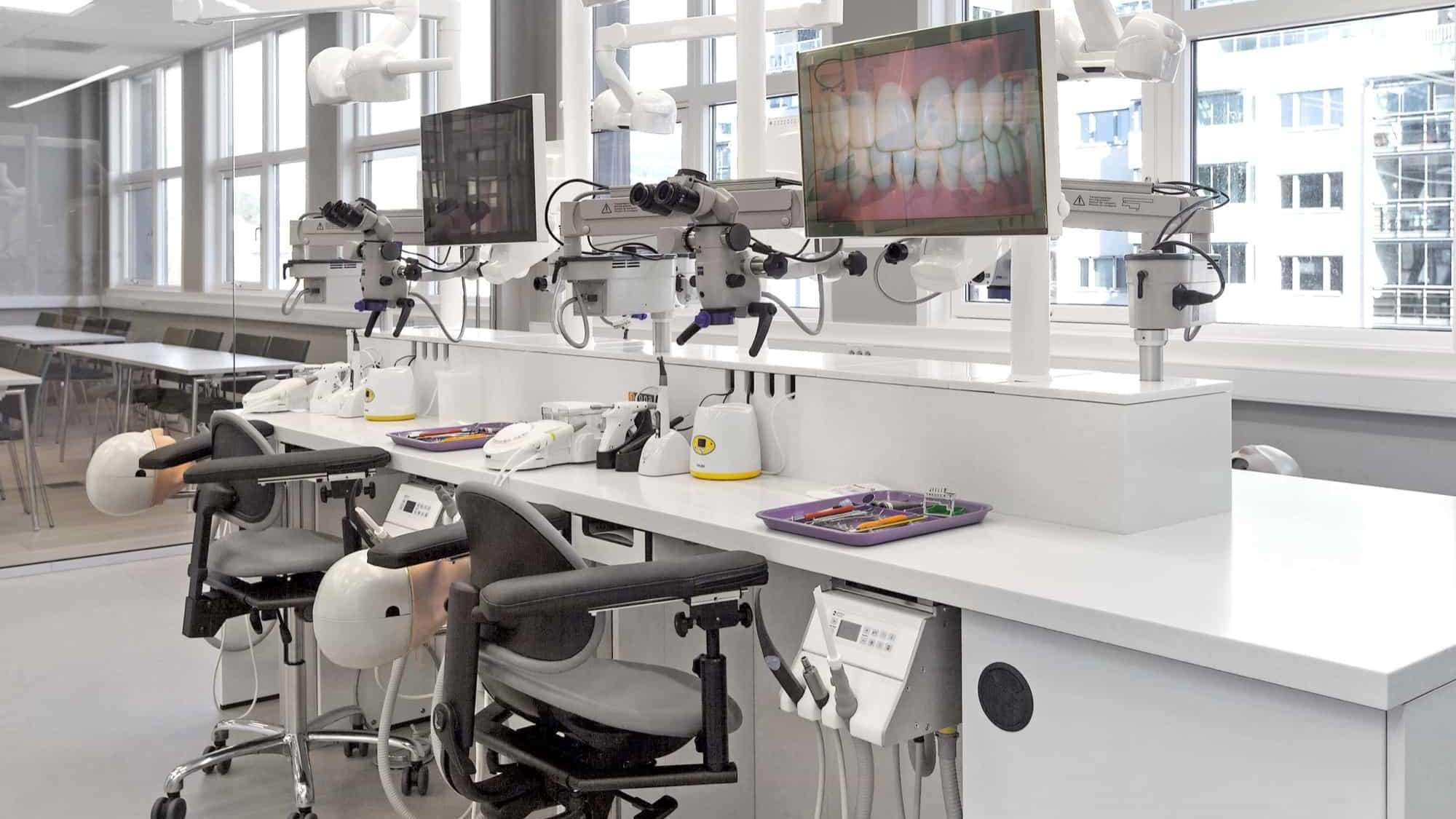 WORKSHOP ROOM - SIRONA/ZEISS/SATELEC UNITS